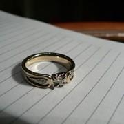 Уменьшение кольца с бриллиантом фото