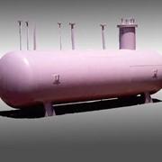 Резервуар для хранения сжиженного углеводородного газа фото