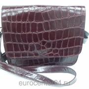 Бордовая женская кожаная сумочка фото