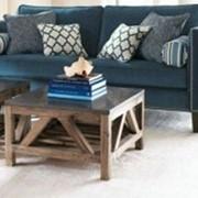 Состареная мебель. Винтажный журнальный стол фото