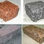 Брусчатый камень гранитный фото
