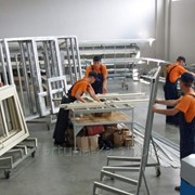 Трудоустройство в Польше Работники на производство окон фото