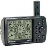 Прибор GPSMAP 196 имеет высоконтрастный черно-белый ЖК-дисплей и предназначен для полноценной навигации в первую очередь для пилотов частной авиации, хотя будет полезен всем летчикам фото
