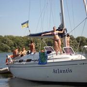 Аренды яхты, прогулки по Днепру на катере фото