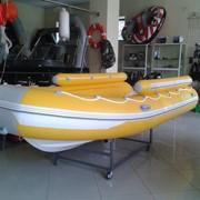 Лодка RIB 4.50 с фальшбортом. фото