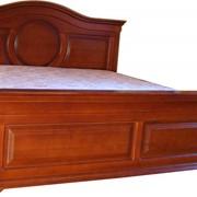 Кровать из натурального дуба фото