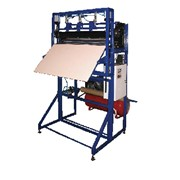 Автомат для изготовления мешков и пакетов из полиэтиленовой пленки. фото