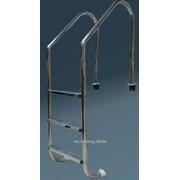 Лестница 3-х ступенчатая , стандартные ступени - антислип, серия L фото