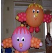 Украшение помещения фигурами из шаров фото
