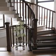 Лестница из ясеня фото