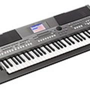 Синтезатор (рабочая станция) Yamaha PSR S670 фото