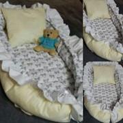 Гнездо-кокон для новорожденных на заказ Серые бантики фото