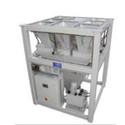 Весовой дозатор малых компонентов. Оборудование для комбикормовых заводов фото