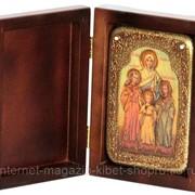 Настольная икона Вера, Надежда, Любовь и мать их София на мореном дубе фото