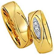 Обручальные кольца из желтого золота фото