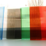 Сотовый поликарбонат 6мм цветной фото