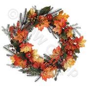 Декоративный венок с ягодами и листьями d 60см фото