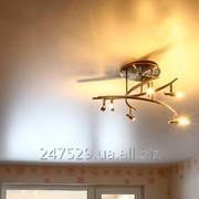 Монтаж перламутрового натяжного потолка фото