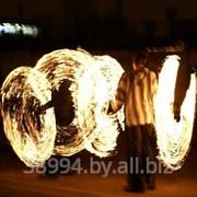 Огненное неоновое шоу на праздники фото