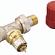 Компелкт терморегулятора для двухтрубной системы отопления, состоящий из клапана RA-N25 (угловой) и термостата RTD2994. фото