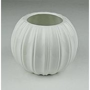 Ваза Долька белая керамика выс.9см диам.7см фото