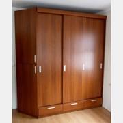 Шкафы трехдверные фото