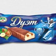 Пломбир классическое с ароматом ванили, с арахисом и карамелью в шоколадной глазури фото
