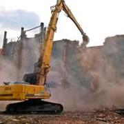 Демонтаж зданий, сооружений с применением спецтехники JCB, разборка зданий, сооружений строений, демонтаж кирпичной кладки, демонтаж железобетонных конструкций, заглубленных сооружений, кирпичных зданий, демонтаж монолитных перекрытий фото