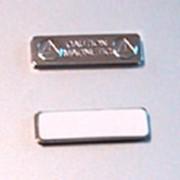 Производство бейджей на магнитном креплении, магнит магнитное крепление фурнетура для бейджей фото