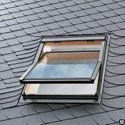 "Окна Velux ""Стандарт"" GZL 1059 Ручка сверху, открывание по центру. фото"