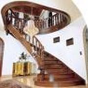 Проектирование, изготовление и монтаж лестниц любых типов и уровня сложности фото