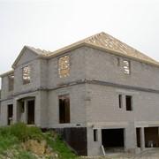 Блок стеновой бетонный пустотелый, размеры: 20(15)х20х50, цемент марка М100 для строительства коттеджей, многоэтажных жилых зданий, заборов гаражей и т.д., строительный материал от производителя фото