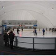 Ледовый каток. Воздухоопорная конструкция. фото