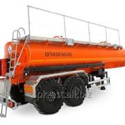 Нефтевоз НЕФАЗ 96742-0300111-04 (18 тонн, паровые трубы, под вездеход, термос) фото