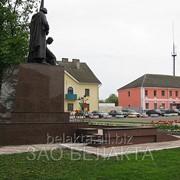 Памятники и монументы фото