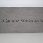 Базальтовая плитка серая фото