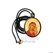 Кулон с ликом Богородицы Казанская, нательная икона, образок фото