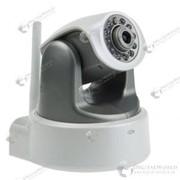 Поворотная IP камера с поддержкой Wi-Fi беспроводной сети с микрофоном и инфракрасными лампами для ночного видения фото