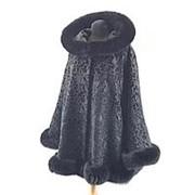Женское бархатное пальто с мехом фото