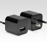 Универсальное зарядное устройство для телефона IQFUTURE IQ-AC04/B фото