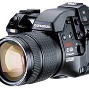 Цифровые камеры Olympus E-10 фото