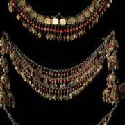 Женские керамические украшения фото