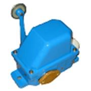 Выключатели серии ВУ-700А ручного управления предназначены для включения и выключения цепей управления механизмами кранов. фото