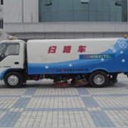 Машины для уборки улиц фото