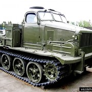 Тяжёлый артиллерийский гусеничный неплавающий тягач высокой проходимости АТ-Т фотография