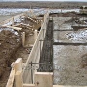 Разработка грунта вручную. Бригады землекопов. фото