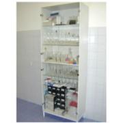 Шкаф для хранения посуды и приборов фото