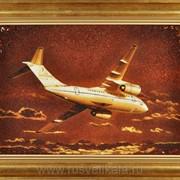 Янтарная картина самолета АН-30 фото