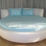 Текстиль для круглых кроватей. фото