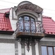 Козырек над балконом фото